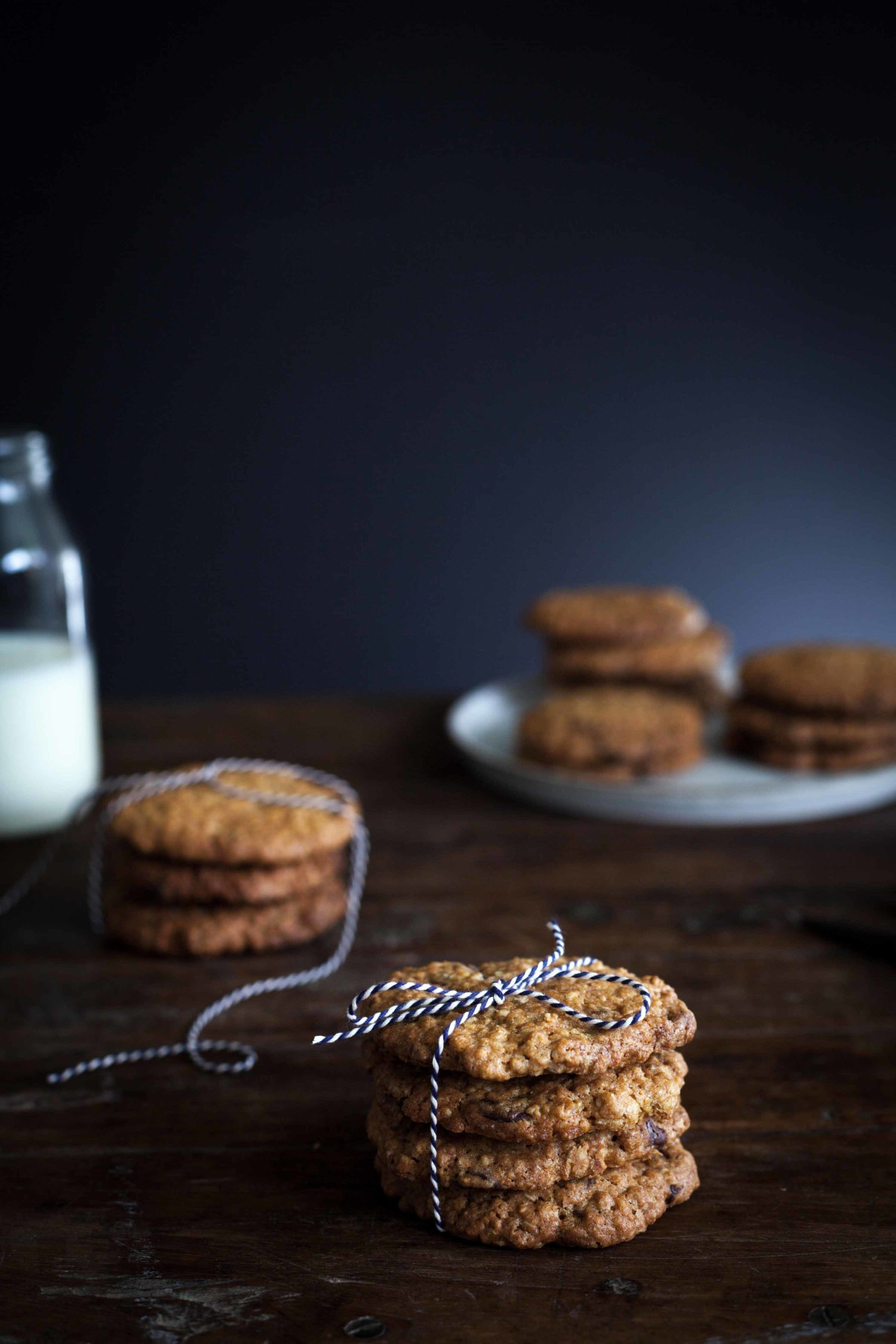Oatmeal_chocolate_chip_cookies_ShareLoveNotSecrets_MarleenVisser_2.jpg
