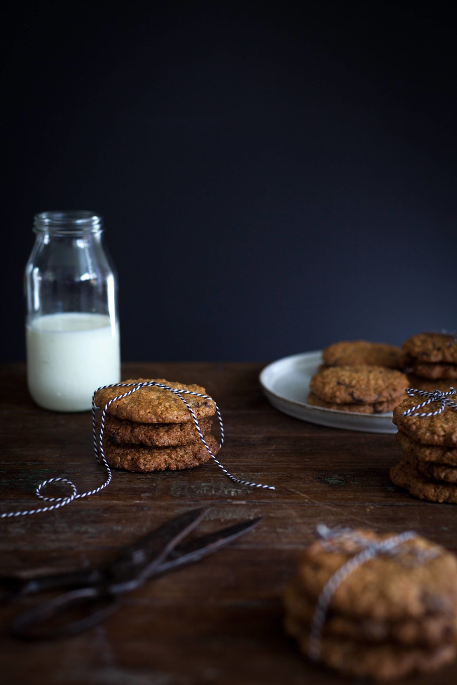 Oatmeal_chocolate_chip_cookies_ShareLoveNotSecrets_MarleenVisser_4