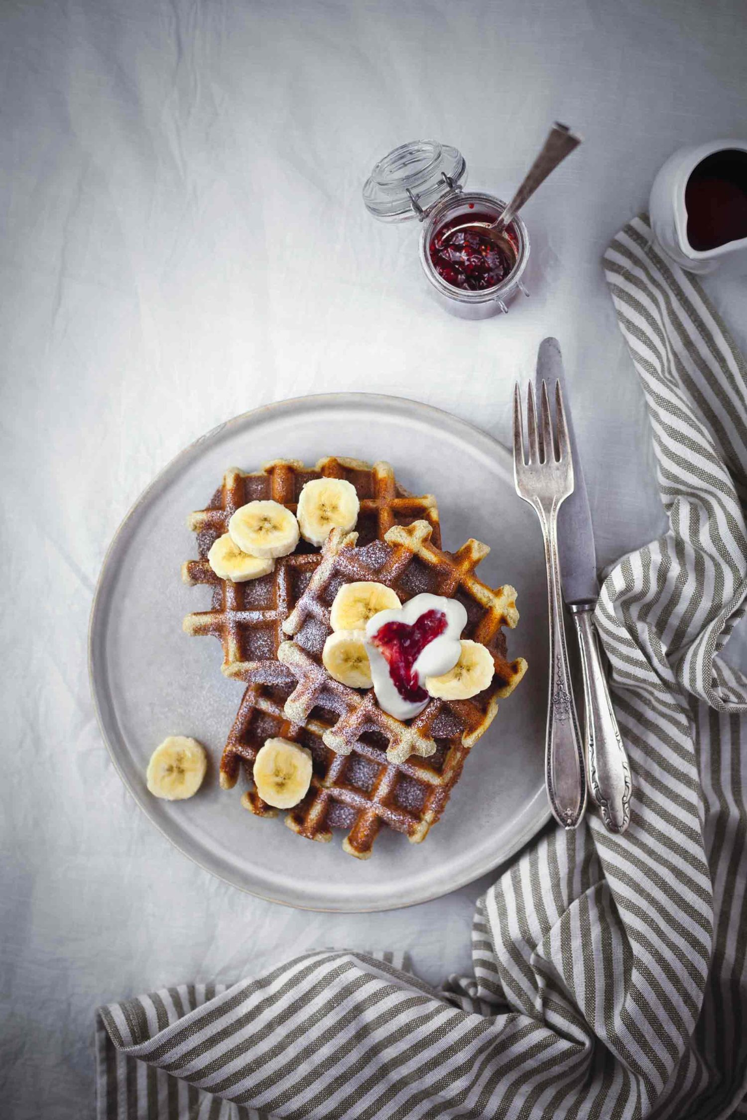 Banana_Waffles_Sour_Cream_1Marleen_Visser_ShareLoveNotSecrets